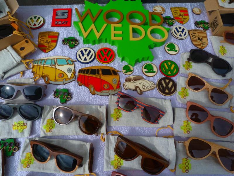 Деревянные очки и магниты